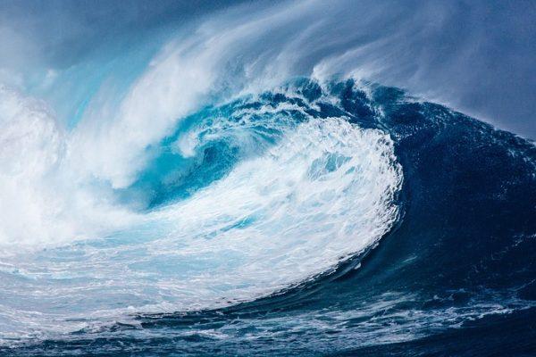 wave-1913559_960_720